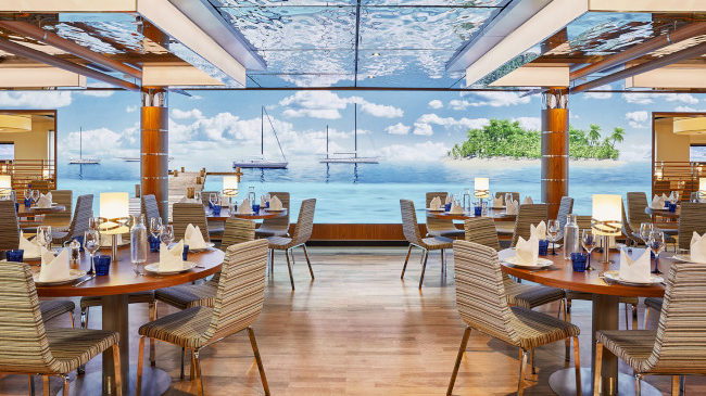 AIDAaura_Yachtclub_Restaurant